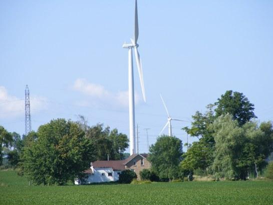 Suncor wind farm Ripley